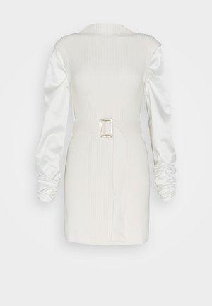 HYBRID LONGLINE - Jumper dress - ivory