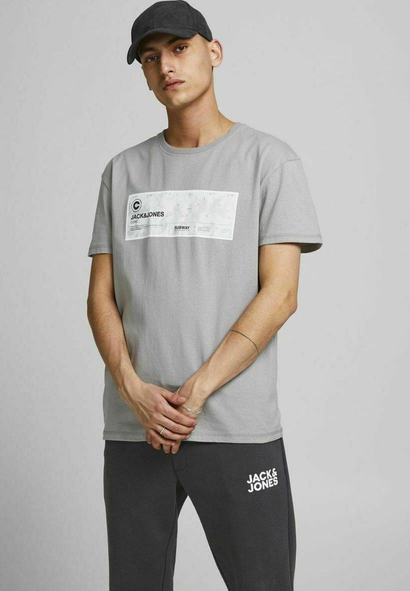 Herrer PLACEMENT LOGO - T-shirts print