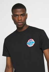 Obey Clothing - PURVEYORS OF DISSENT - Print T-shirt - black - 4