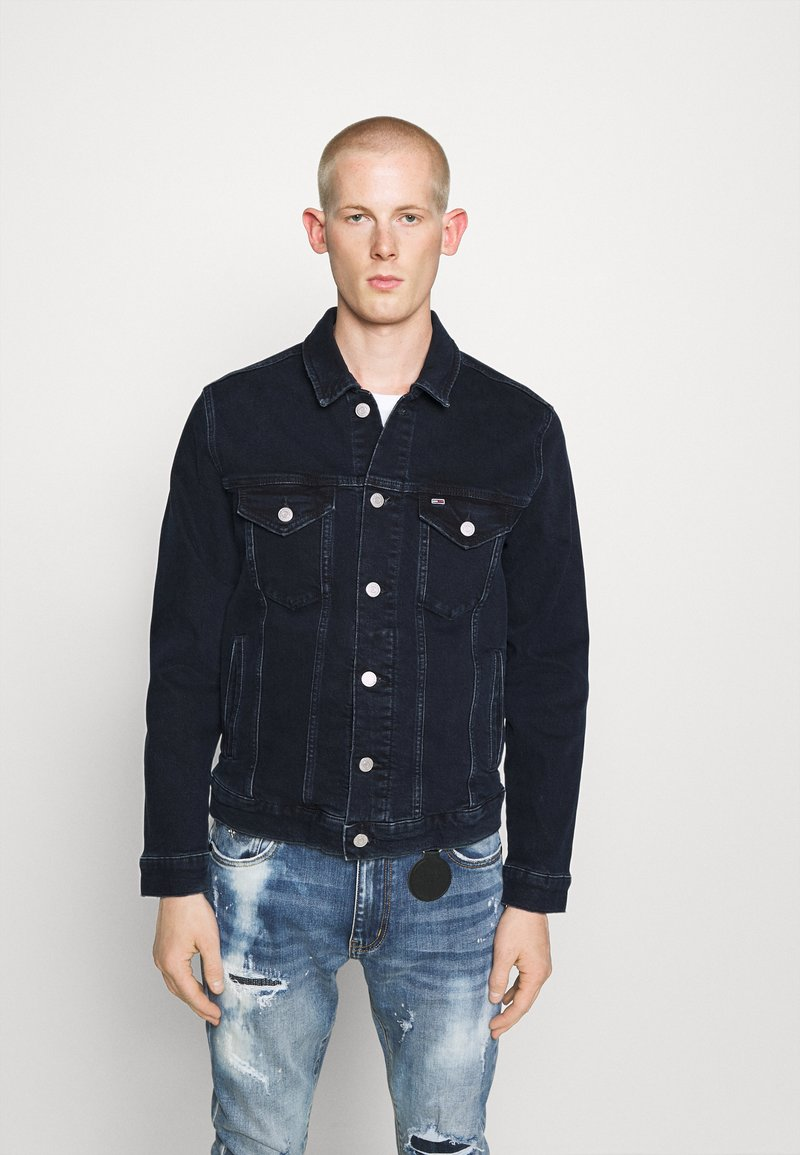 Tommy Jeans - REGULAR TRUCKER - Spijkerjas - oslo blue