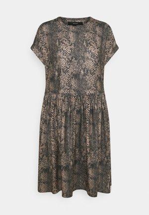 VMBRITTAPRINT O NECK SHORT DRESS - Kjole - black/laurel wreath