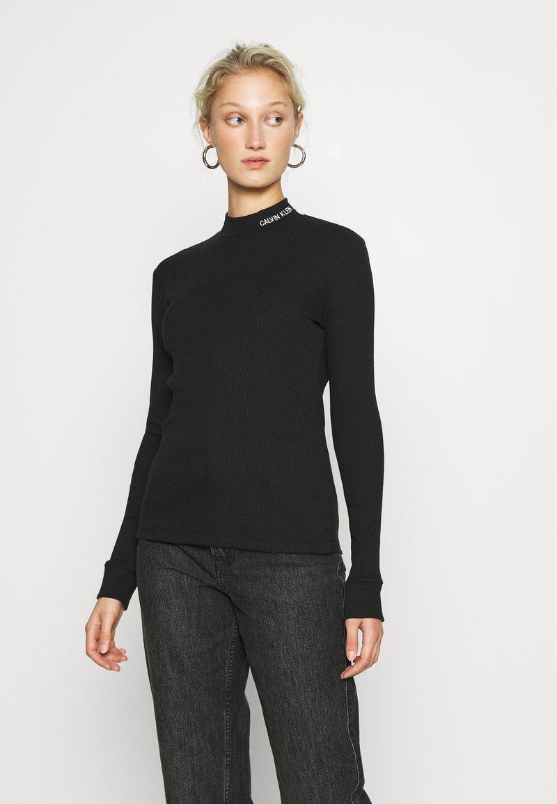 Calvin Klein Jeans - MOCK NECK TEE - Long sleeved top - black