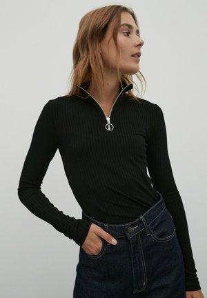 SVETLANA - Long sleeved top - schwarz