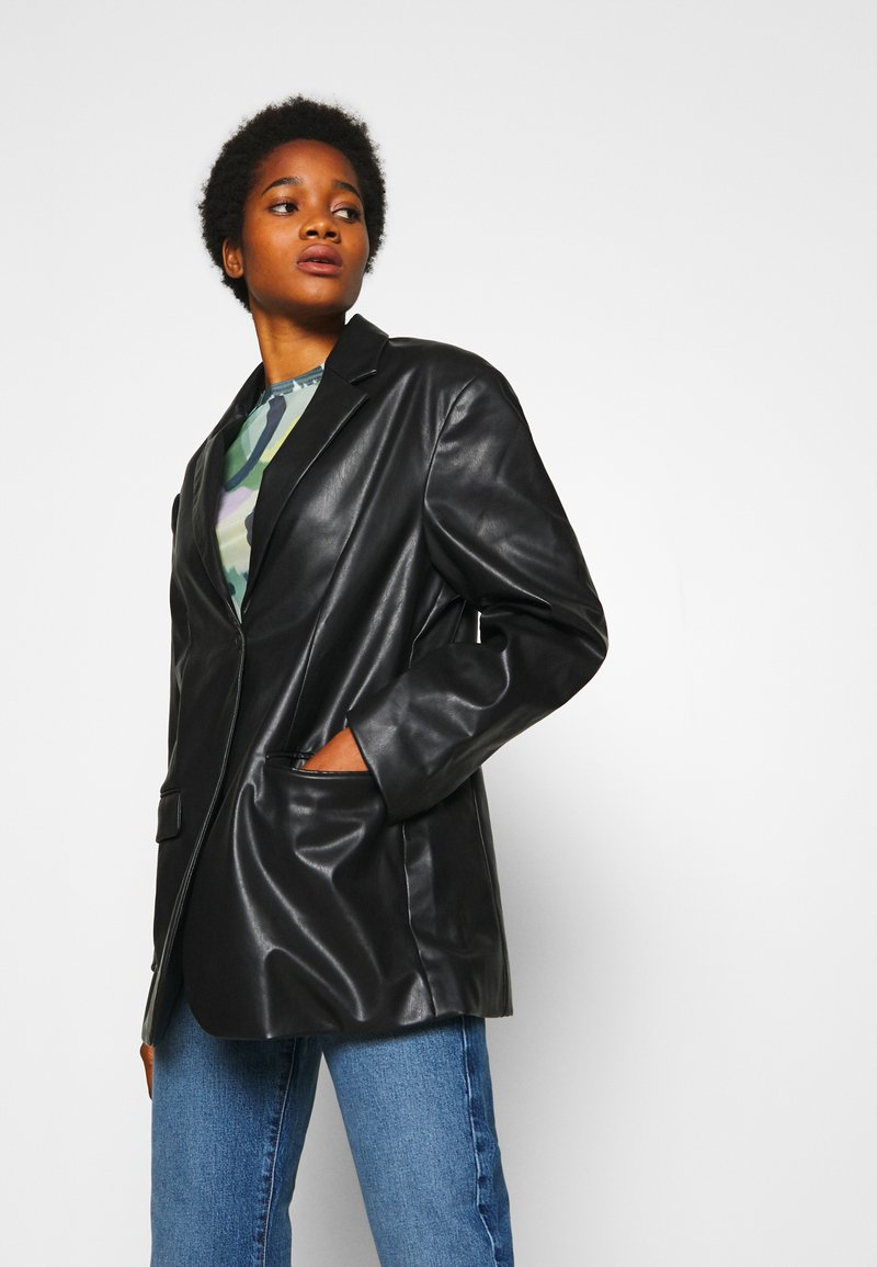 Monki - GRACE - Faux leather jacket - black