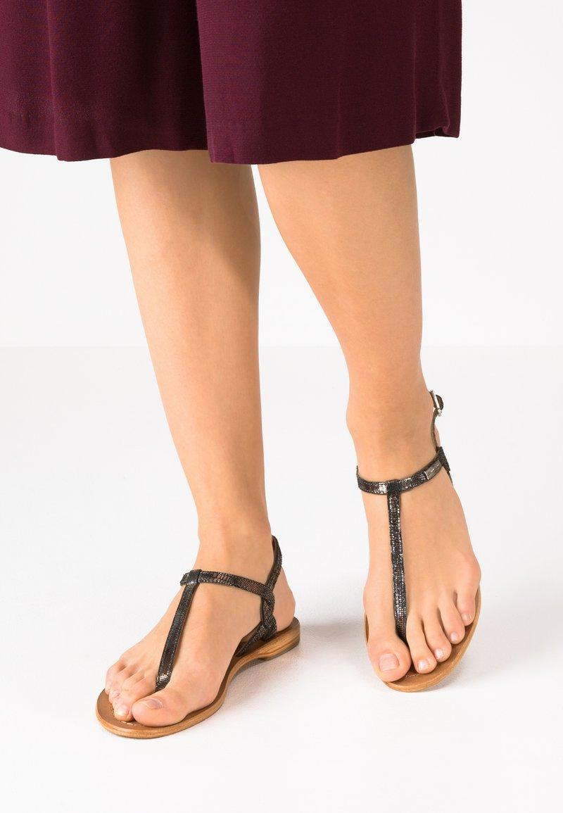 Les Tropéziennes par M Belarbi - BILLY - T-bar sandals - noir