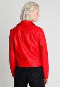 Even&Odd - Imitatieleren jas - red - 2