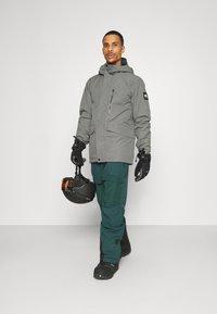 O'Neill - Snow pants - panderosa pine - 1