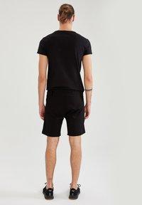 DeFacto - Pantaloncini sportivi - black - 2