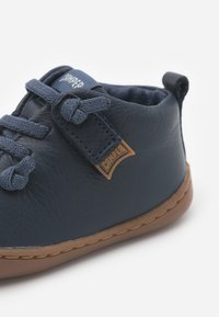 Camper - PEU CAMI - Baby shoes - navy - 5