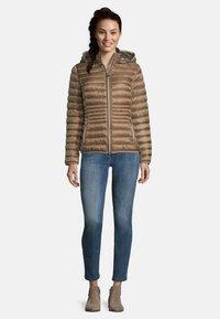 Betty Barclay - MIT STEHKRAGEN - Winter jacket - classic bronze - 1