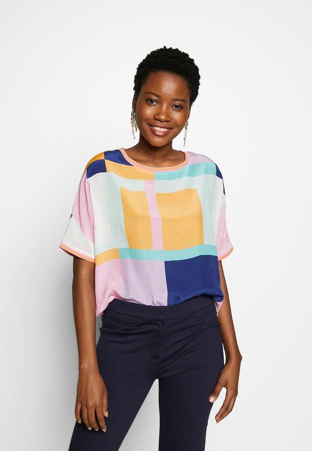 Camicetta - multicolour