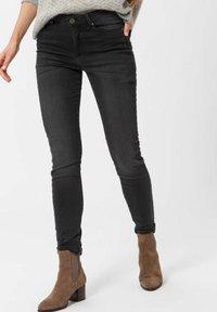 BRAX - SHAKIRA - Jeans Skinny Fit - used dark grey - 0