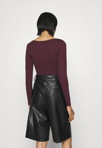 New Look - Maglietta a manica lunga - dark burgundy - 2