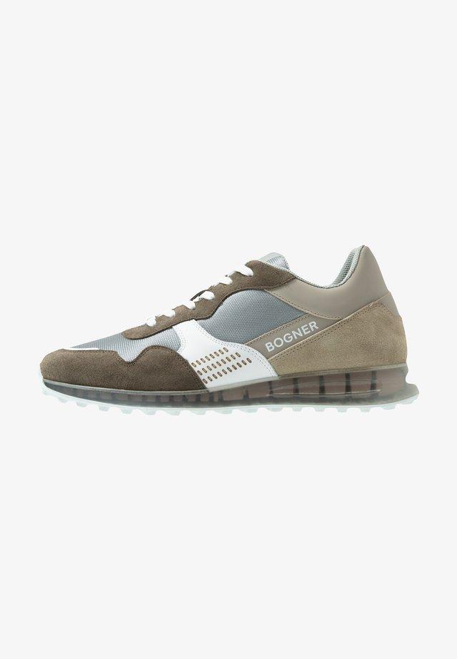 ESTORIL - Sneakersy niskie - brown/white/beige