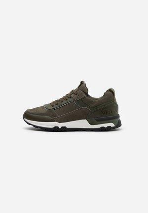 Sneakersy niskie - oliv