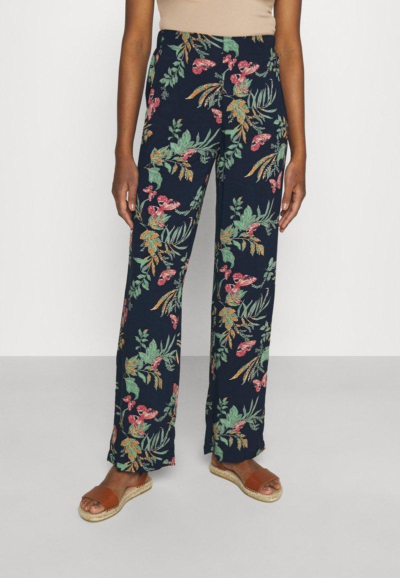 Vero Moda - VMSIMPLY EASY WIDE PANT - Pantaloni - navy blazer