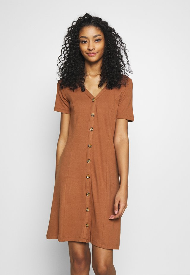 VICONIA DRESS - Jerseykjole - rawhide