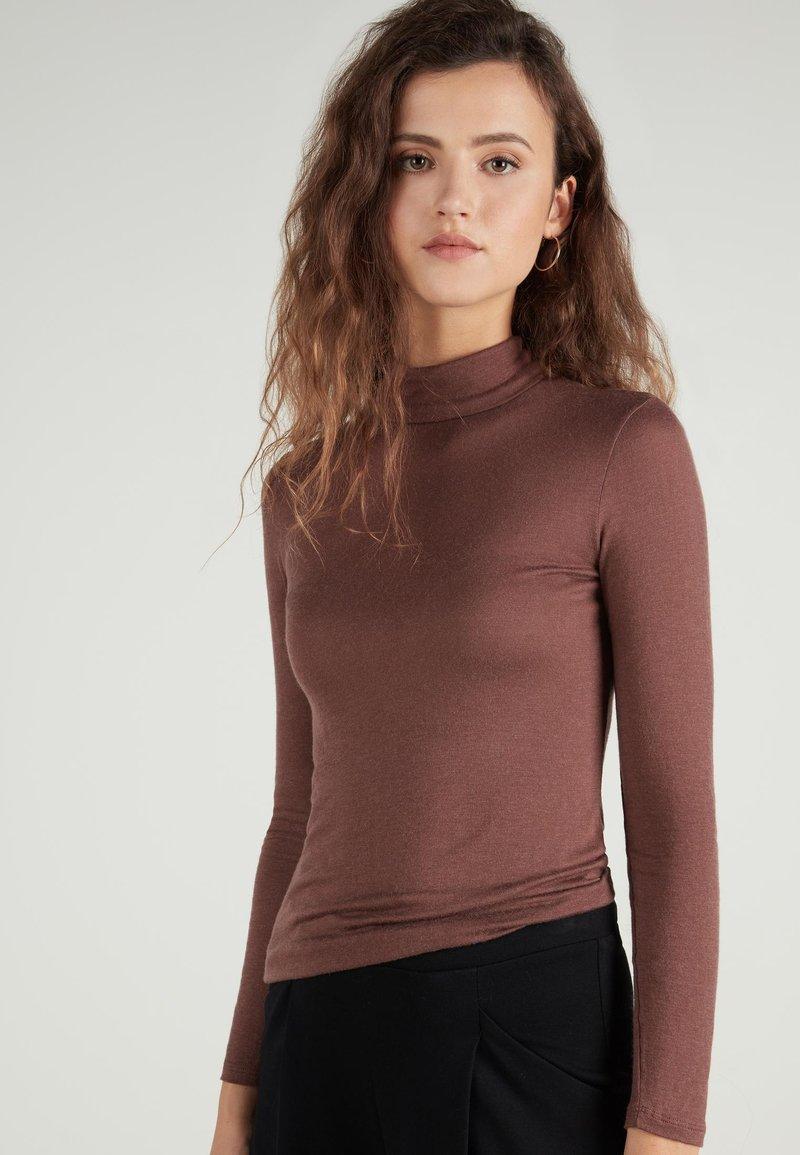 Tezenis - HOCH GESCHNITTENES - Long sleeved top - braun - 044u - brown
