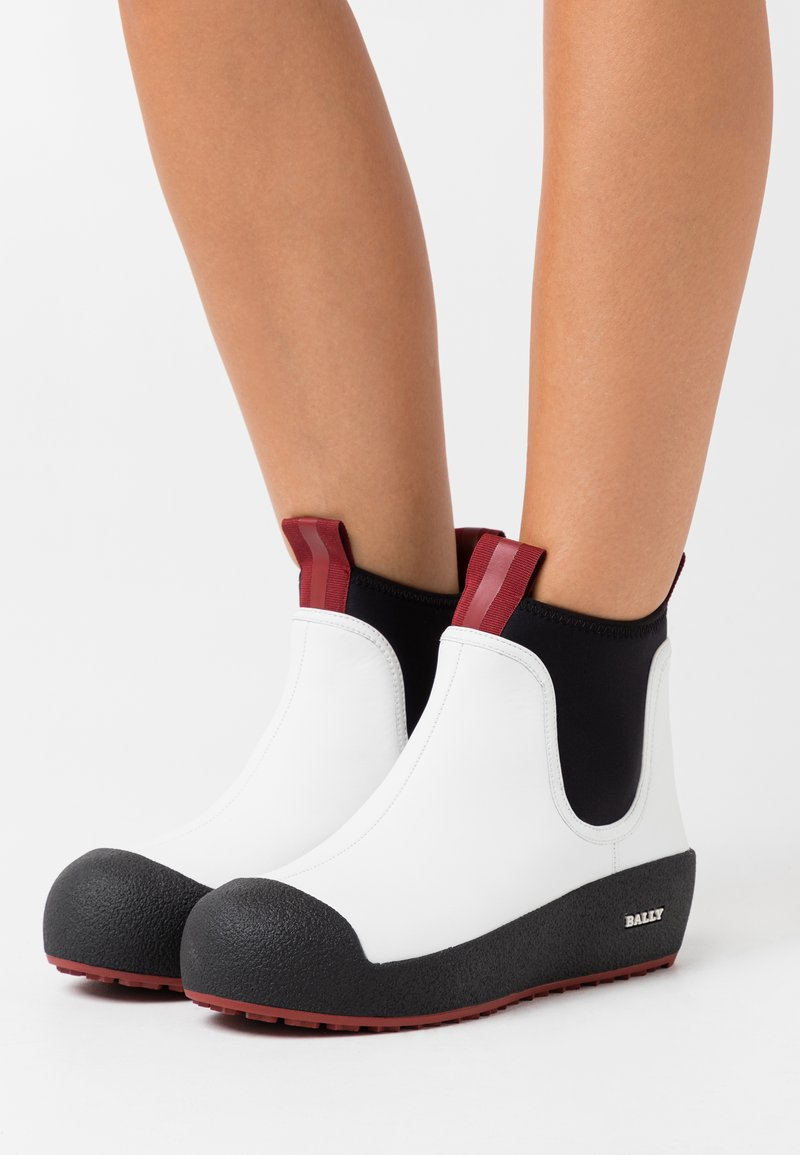 Bally - GADEY - Wedge Ankle Boots - white