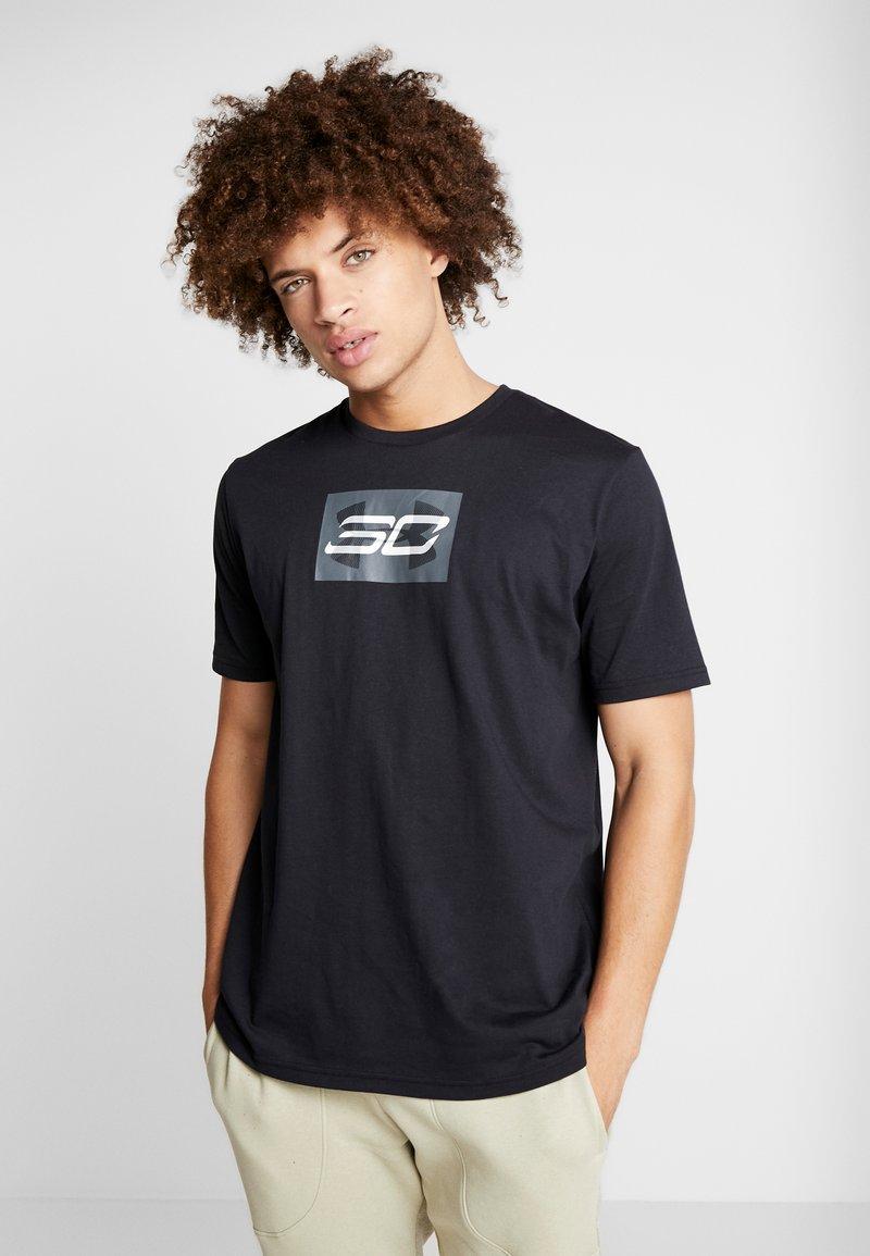 Under Armour - SC30 OVERLAY SS TEE - Print T-shirt - black/white