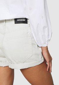 Dr.Denim Petite - JEN - Denim shorts - washed pinfire - 5