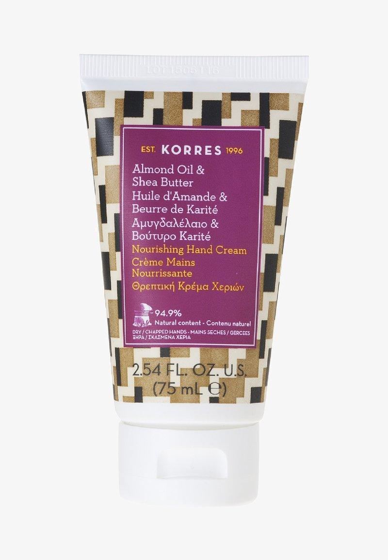 Korres - ALMOND OIL & SHEA BUTTER NOURISHING HAND CREAM - Hand cream - -