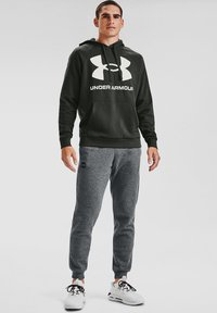 Under Armour - RIVAL  - Hoodie - baroque green - 1