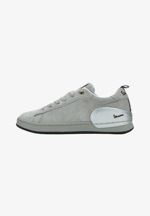 Zapatillas - grigio chiaro