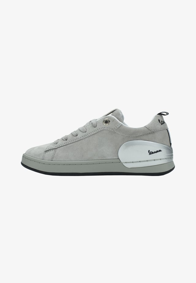 Sneakers basse - grigio chiaro