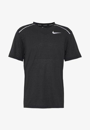 BREATHE RISE  - Print T-shirt - black/reflective silver
