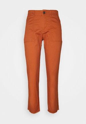 GIRLFRIEND UTILITY  - Trousers - rusty