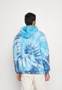 GAP - TIE DYE HOOD - Sweatshirt - blue - 2