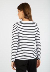 Armor lux - PLOZEVET MARINIÈRE - Long sleeved top - blanc/rich navy - 1