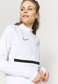 Nike Performance - ACADEMY 21 - Sweatshirt - white/black - 4