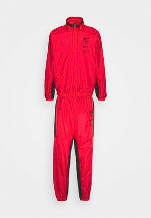 NBA CHICAGO BULLS TRACKSUIT - Klubbkläder - university red/black