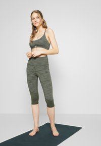 Cotton On Body - GATHERED CROP - Sport BH - khaki heather - 1