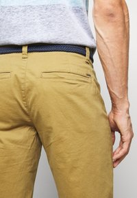 Only & Sons - ONSWILL CHINO  - Kraťasy - dull gold - 3