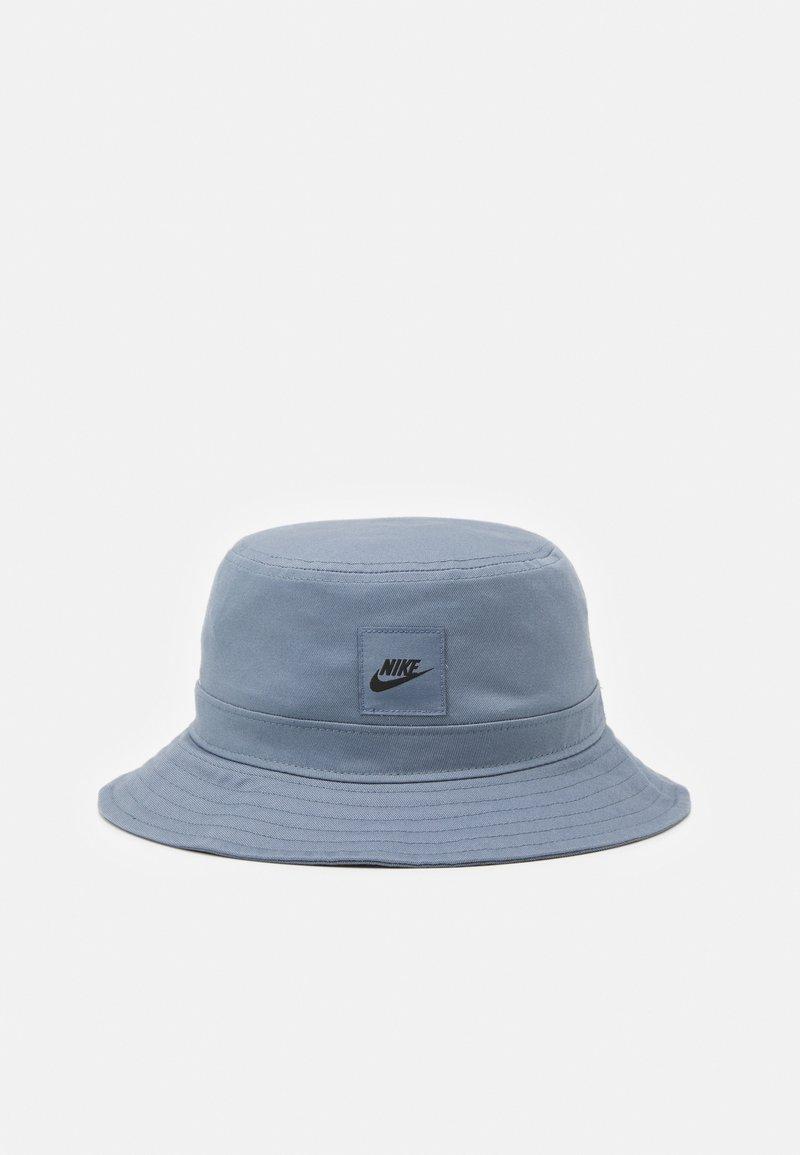 Nike Sportswear - BUCKET CORE UNISEX - Hat - armory blue