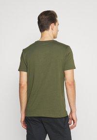 GAP - BASIC LOGO - Print T-shirt - army green - 2