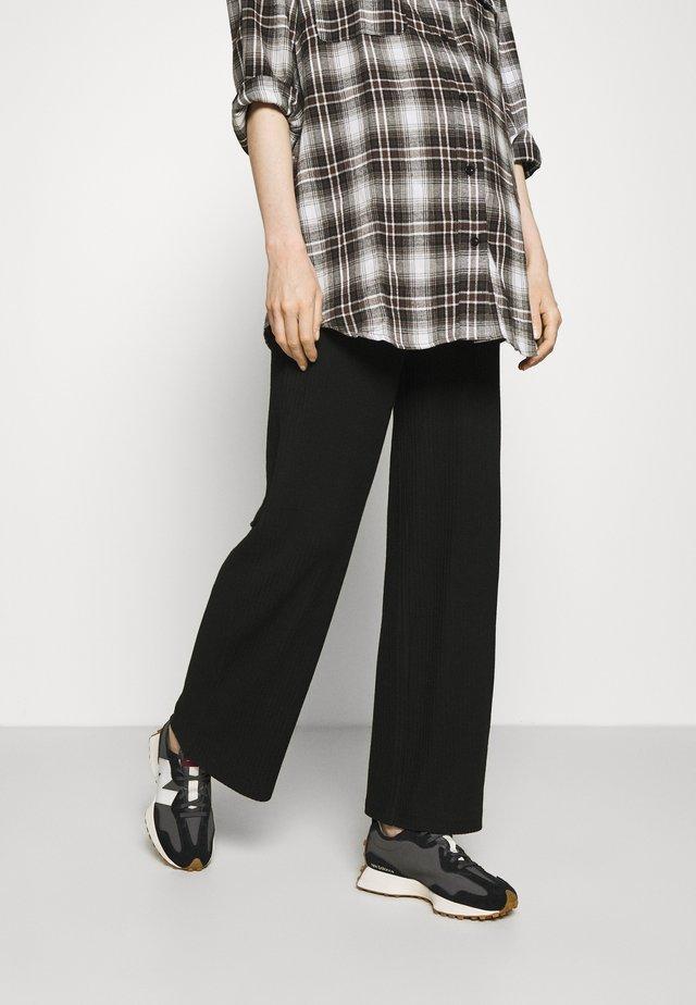 OLMNELLA WIDE PANT - Kalhoty - black