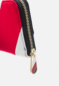 Tommy Hilfiger - POPPY CORP - Wallet - blue - 3