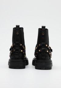 Shoe The Bear - FRANKA CAGE - Cowboy/biker ankle boot - black - 3
