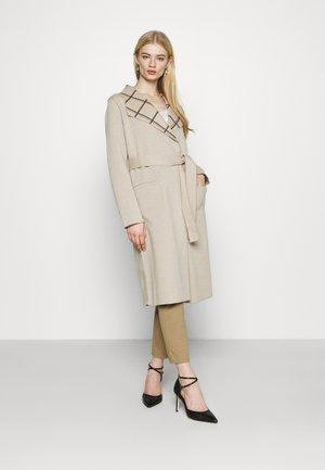 VIJUICE COAT - Classic coat - beige