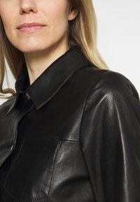 Oakwood - ANAE - Leather jacket - black - 4