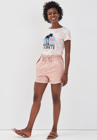 Cache Cache - Denim shorts - rose - 1
