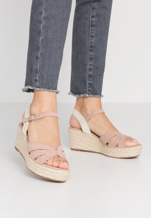 Sandalen met plateauzool - light pink