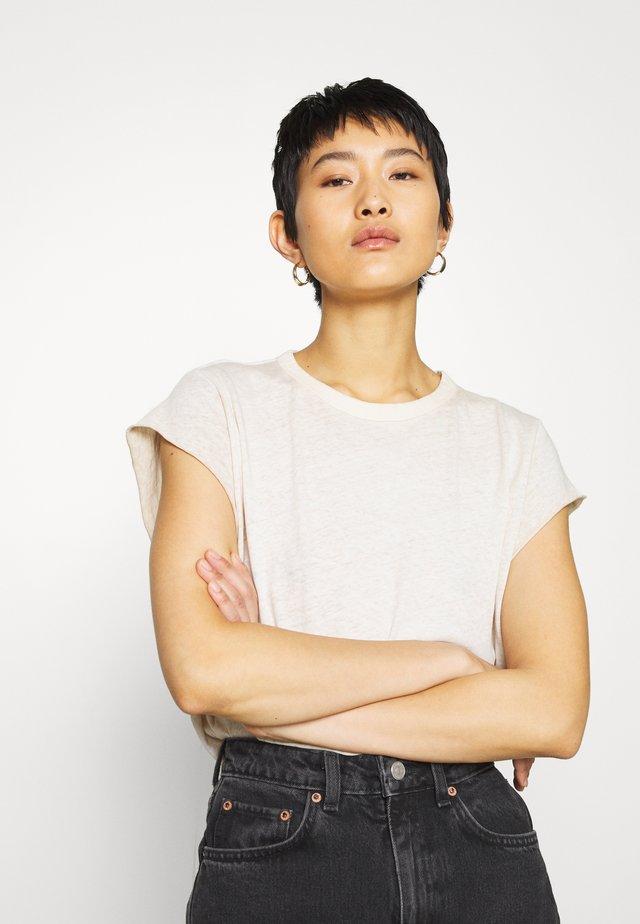 GYRE KNOT CAP - Print T-shirt - whitebait gd