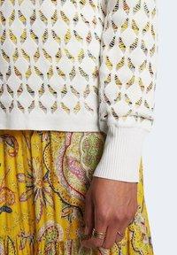 Desigual - LOUIS  - Sweatshirt - white - 2