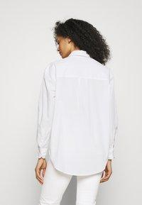 Marks & Spencer London - GIRLFRIEND  - Košile - white - 2