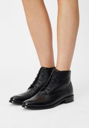 BETTY - Ankelboots - black